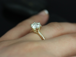 Why You Should Seriously Consider Memorial Diamonds Over Traditional Tributes