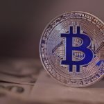 4 Reasons Why you Should Invest in Bitcoin, Before it's Too Late